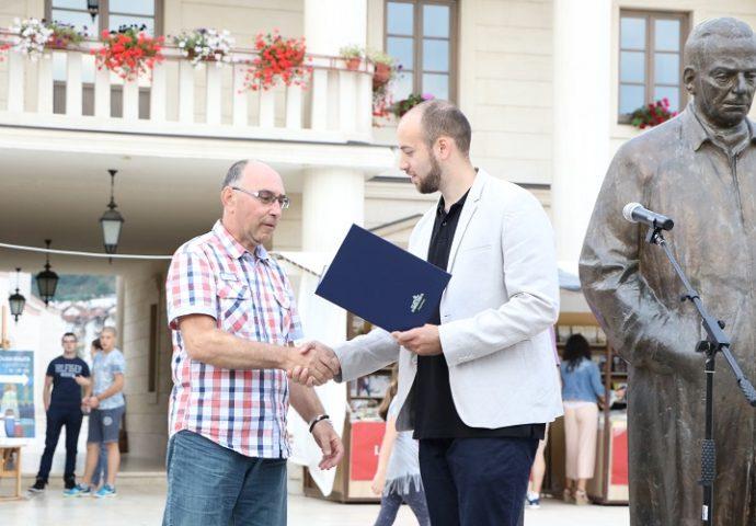 Награде најбољим издавачима из Србије и Републике Српске